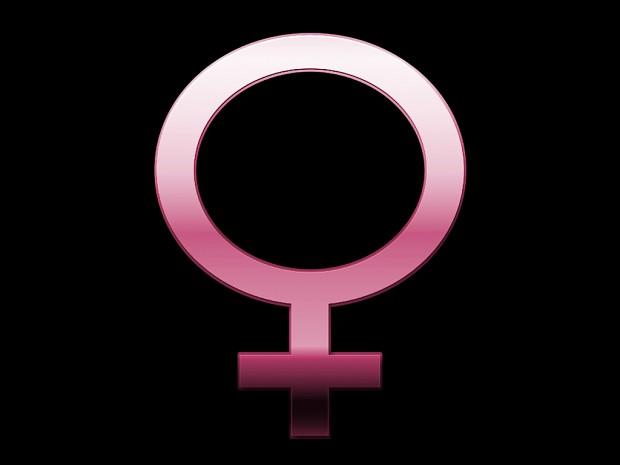 Q3TA female announcer