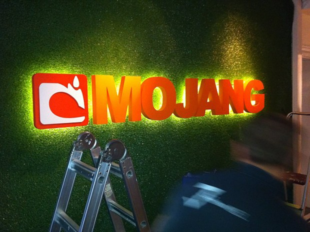 Mojang's new sign