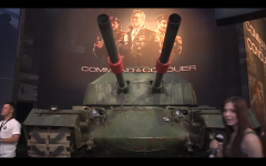 Gamescom 2013 - Front View of the APA Tank