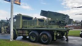 M-77 Oganj i M-83 POLO uoči parade Korak Pobednika