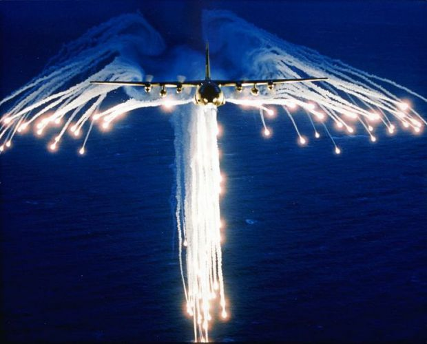 hercules summary_C-130 Releasing flares. image - Aircraft Lovers Group - Mod DB