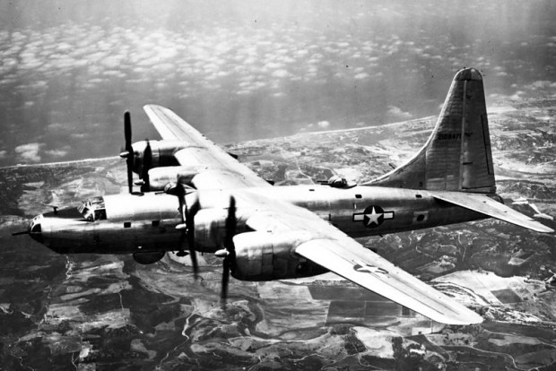Cours d'histoire avions US exotiques  800px-B32