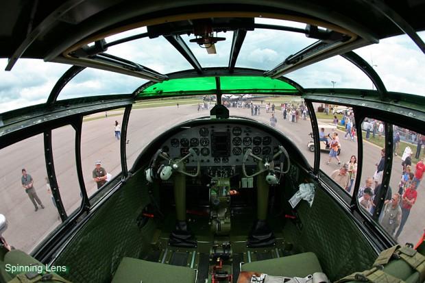 B24 Cockpit  B24 Cockpit