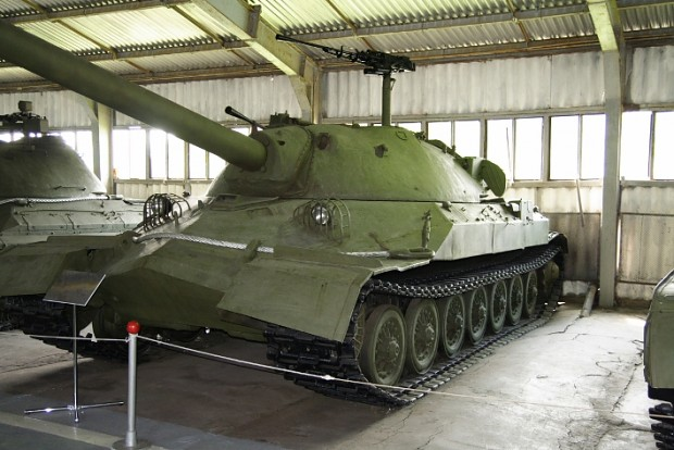 IS-7_kubinka1.JPG
