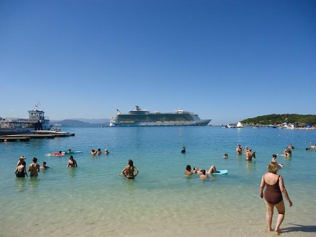 MV Oasis of the Seas