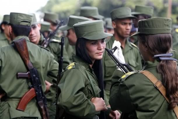 Cuban female soldiers
