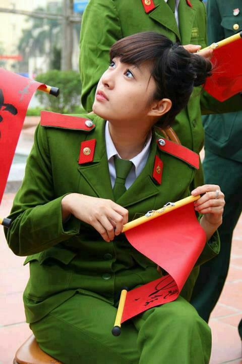 Vietnames army girls