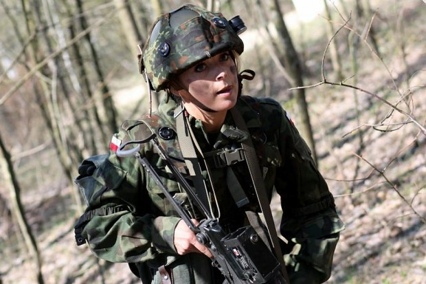 Girls in Army around the Globe -4-