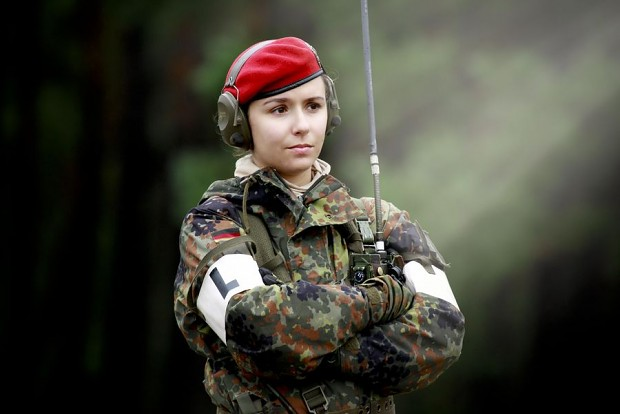 http://media.moddb.com/cache/images/groups/1/6/5425/thumb_620x2000/German_Fem_Soldat.jpg