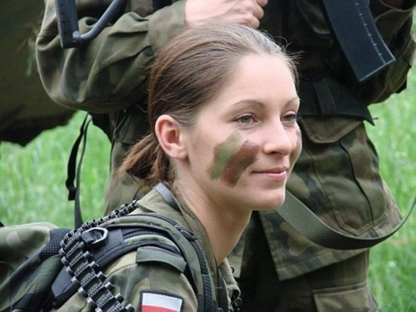 Poland Female Soldier