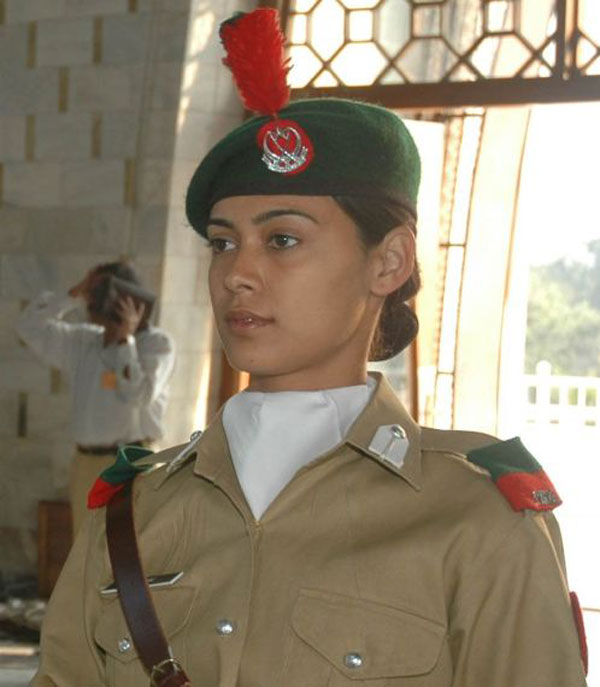 Pakistani Female Soldier Image - Females In Uniform Lovers Group - Mod Db-8852