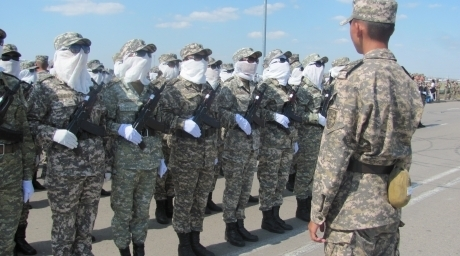Kazakhstan female soldiers