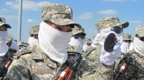 Kazakhstan female soldiers