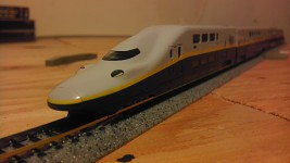 n scale E4 MAX shinkansen
