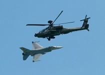 F-16 - AH-64D