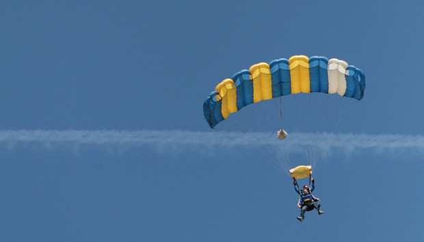 SkyDive 2012
