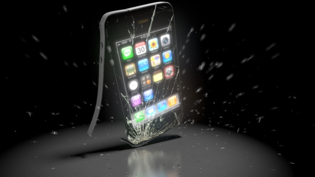 Smashing an iPhone !