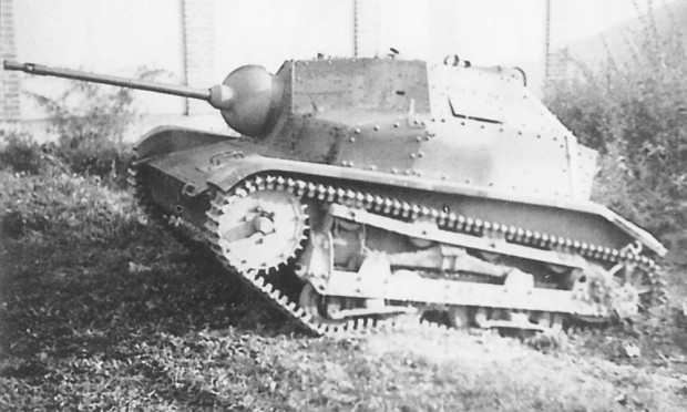 Polish tankettes TK-3 and TKS