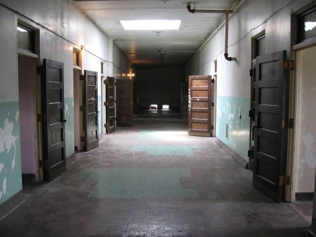 Asylum_hallway
