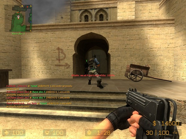 Playing Counter-Strike Source