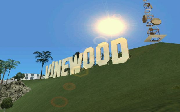 The Vinewood sign, in the sunshine