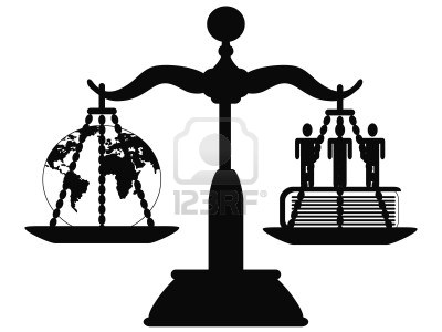 the symbol of justice on the scale Stock Photo - 9120590