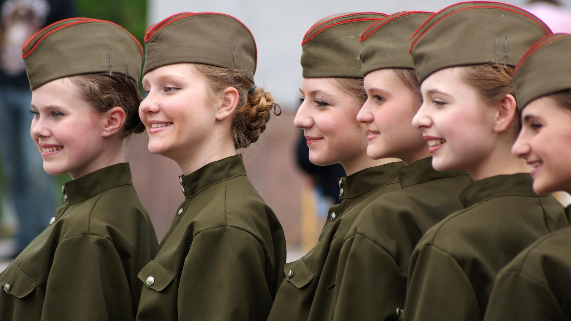 Options Russian Woman Soldier 35