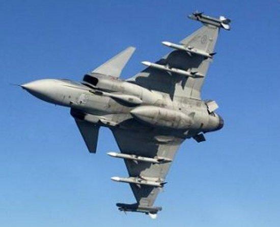 المقاتلة السويدية Saab Gripen