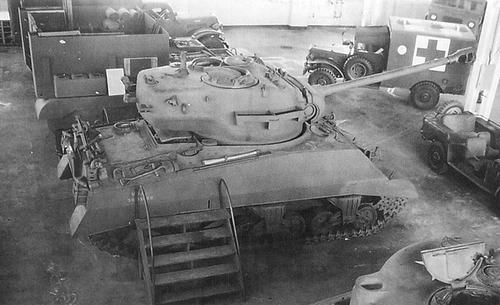 Could Cockerill 90mm and 105mm guns fit in WWII U S  tanks