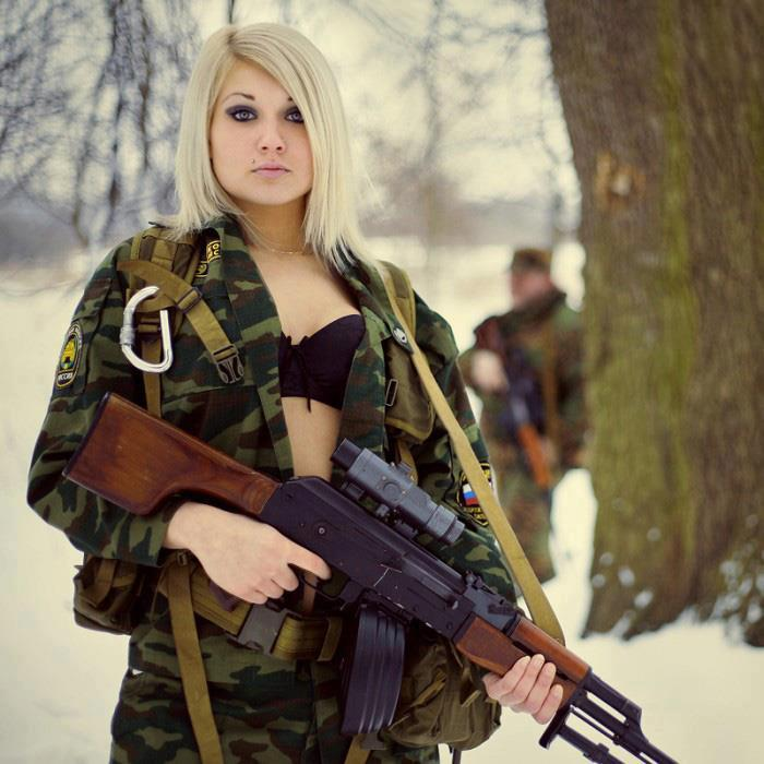 Russian Female Soldier (supermodel, probably) image - Females In ... | 700 x 700 jpeg 63kB