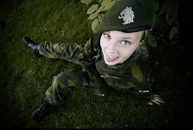 Finnish Women Soldiers