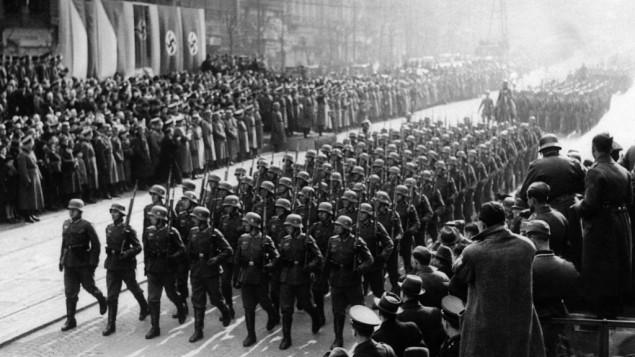 Germans enter czechoslovakia